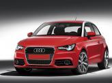 """Фирменный """"взгляд"""" Audi подчеркивают изогнутые лампы дневного света"""