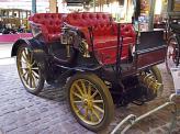 В 1896 Арман Пежо создает свой собственный двухцилиндровый двигатель мощностью 8 л. с., который был установлен сзади на модели Type 15