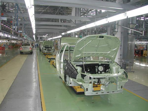 В России увеличились продажи автомобилей ВАЗ на 48 процентов