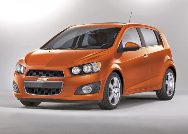 Chevrolet показал Sonic (Aveo) (10 фото)
