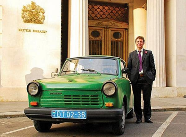 Удобный дипломатический автомобиль
