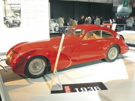 Alfa Romeo 8С 2900В: скорость и элегантность