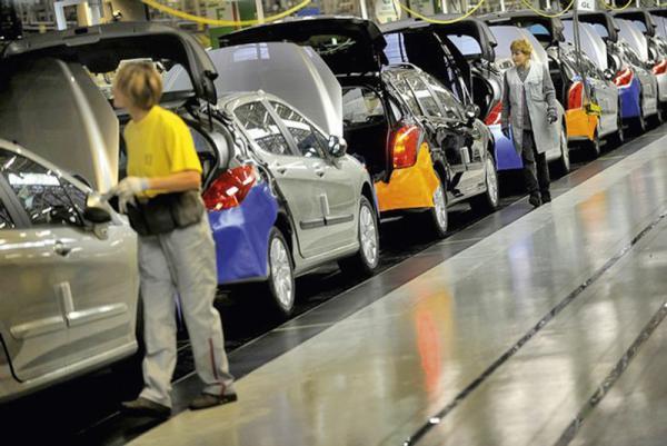 Kia реализовала в прошлом году 2 млн автомобилей