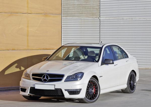 Mercedes-Benz представил C63 AMG