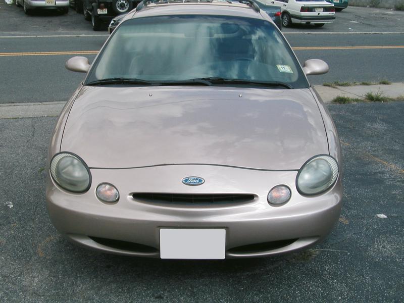 Ford Taurus: под знаком Тельца
