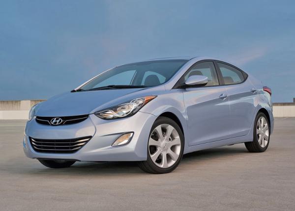 Hyundai Elantra: стильный и доступный