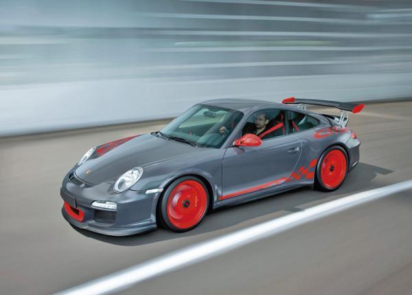 В Porsche готовят новую версию 911 GT3 RS