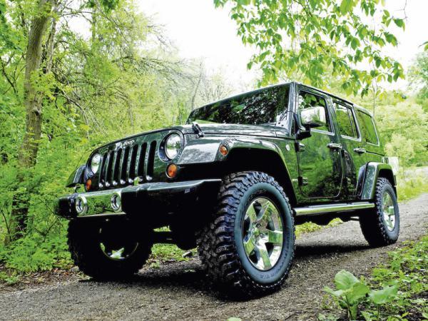 В Jeep разрабатывают Wrangler SRT8