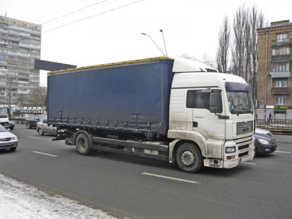 """Для грузовых перевозок по Украине будет введена """"электронная накладная"""""""