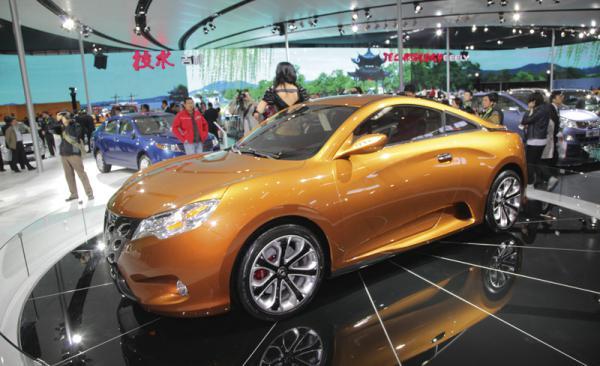 Geely в Шанхае показала купе-кабриолет