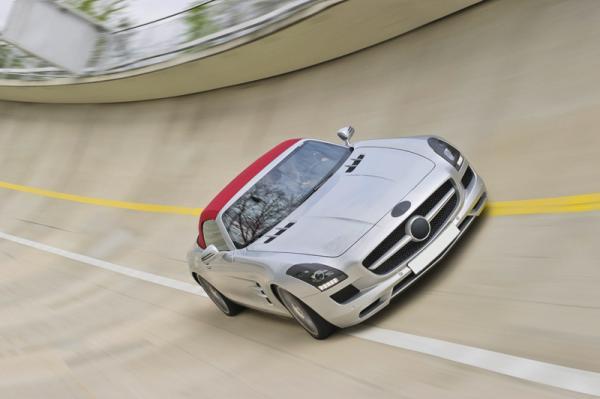 Первые изображения Mercedes-Benz SLS AMG Roadster