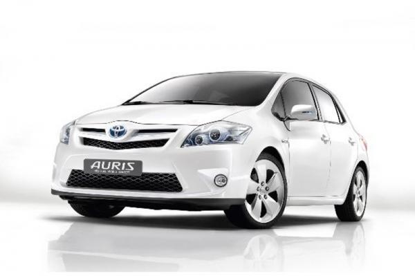 Toyota Auris 2011 года поступила в продажу в Украине