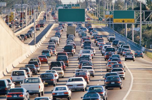 Автомобильный рынок США обогнал Китай