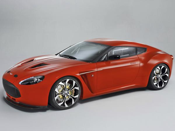 Aston Martin V12 Vantage Zagato: британец в итальянском костюме