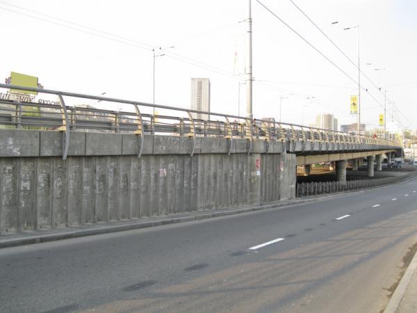 На мосту Патона начинаются ремонтные работы