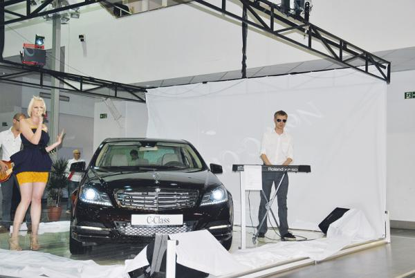 SIA-2011: Mercedes-Benz