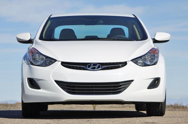Hyundai Elantra: новое поколение уже в Украине