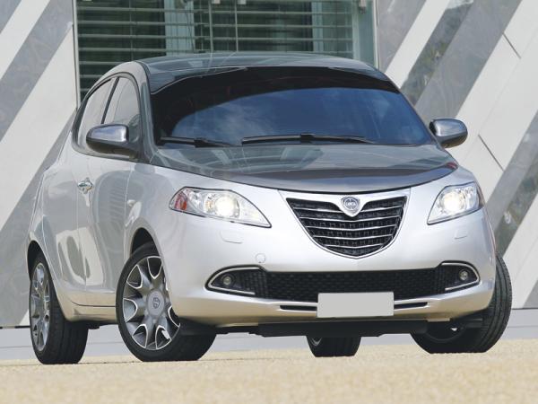 Lancia Ypsilon: итальянский стиль