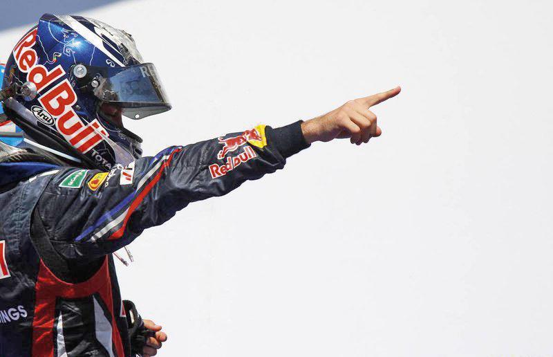 """F1: Простая арифметика: Себастьян Феттель """"везет"""" конкурентам уже 77 очков"""