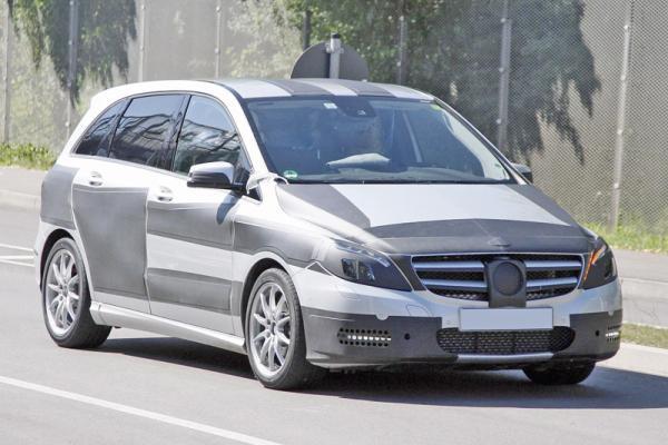 Mercedes-Benz B-Class: подробности второго поколения