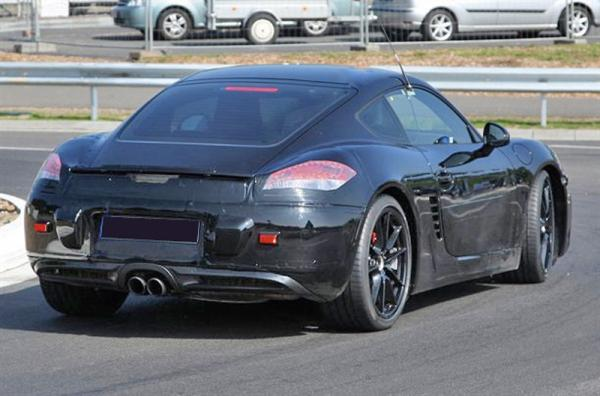 Porsche Cayman: первые шпионские фото обновленного купе