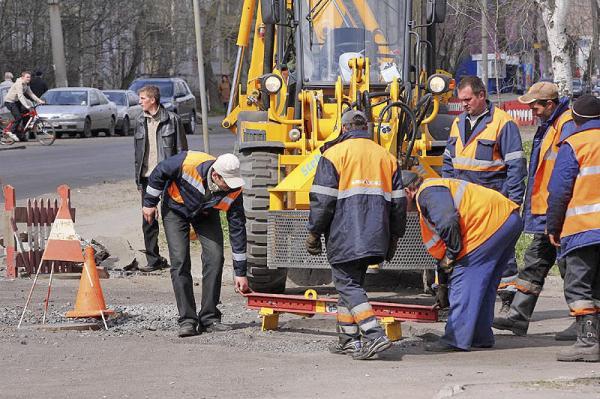 В Киеве сразу в 50 местах ведутся дорожные работы