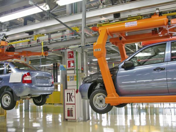 """""""АвтоВАЗ"""" увеличил продажи автомобилей на 25 процентов"""