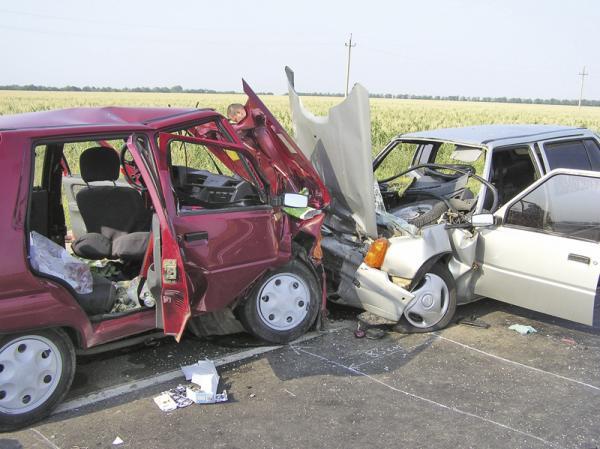 Киевские водители на умеют маневрировать