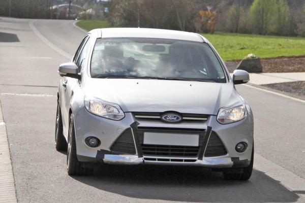 Ford готовит мощный Focus RS