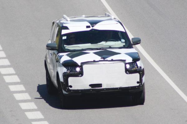Новый Range Rover проходит тесты