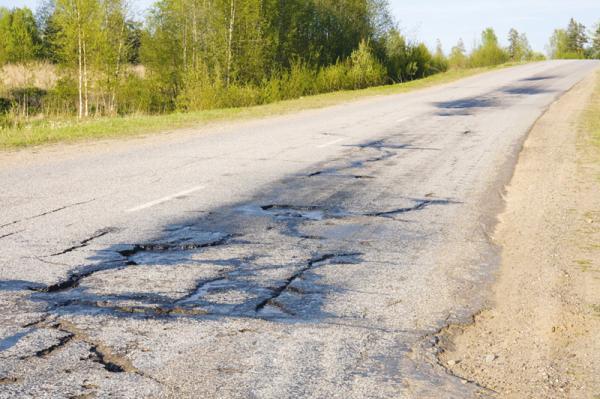 Харьков намерен разместить облигации на 99,5 млн грн для подготовки дорог к Евро-2012