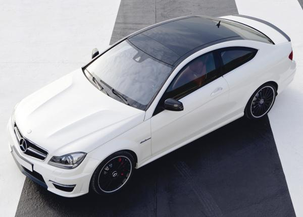 Mercedes-Benz C63 AMG Coupe: новое купе