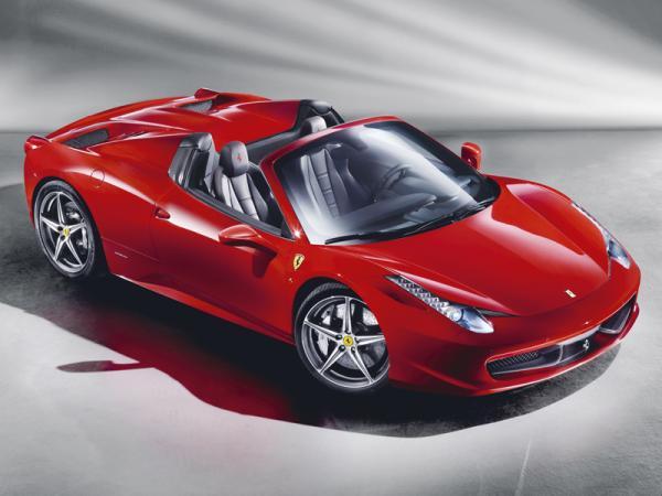 Ferrari 458 Spider: крышу - долой
