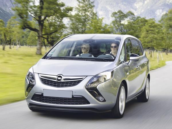 Opel Zafira: больше, просторнее, экономичнее