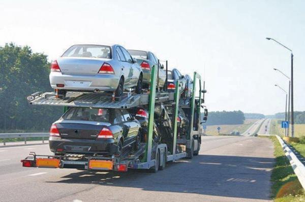 Пошлины на импорт автомобилей снизились на 1 процент