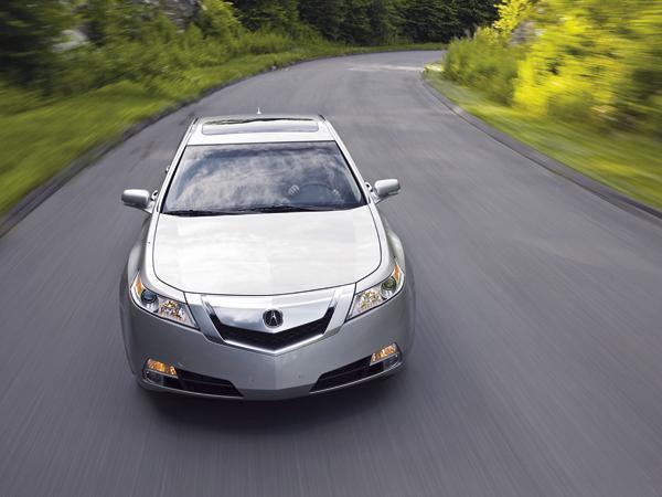 Acura TL: больше, просторнее, быстрее