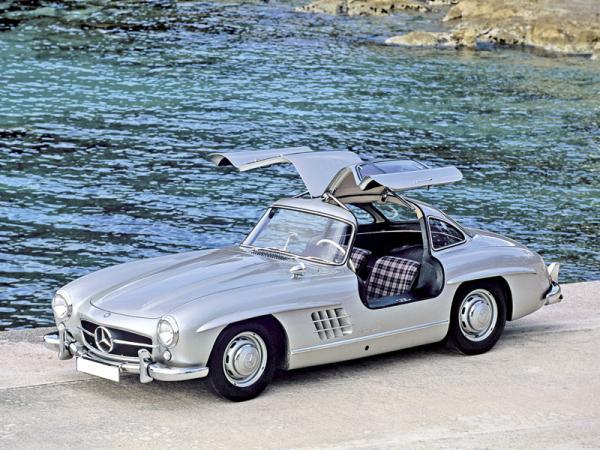 Mercedes-Benz 300 SL: единство формы и содержания