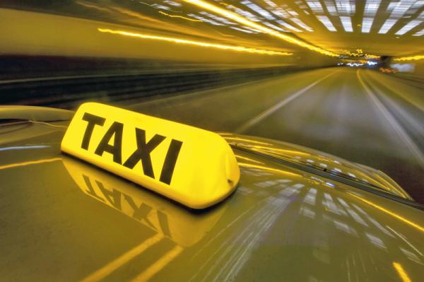 Таксистам-нелегалам грозит конфискация автомобиля