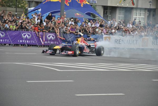 Болид Red Bull Racing принес Себастьяну Феттелю чемпионство в 2010-2011 годах