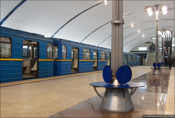 В сентябре начнется строительство метро на Троещину