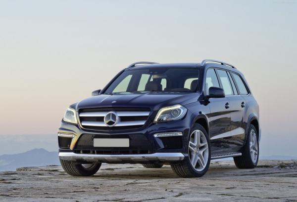 Mercedes-Benz GL: вседорожный гигант