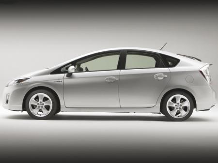 Toyota Prius: новое поколение