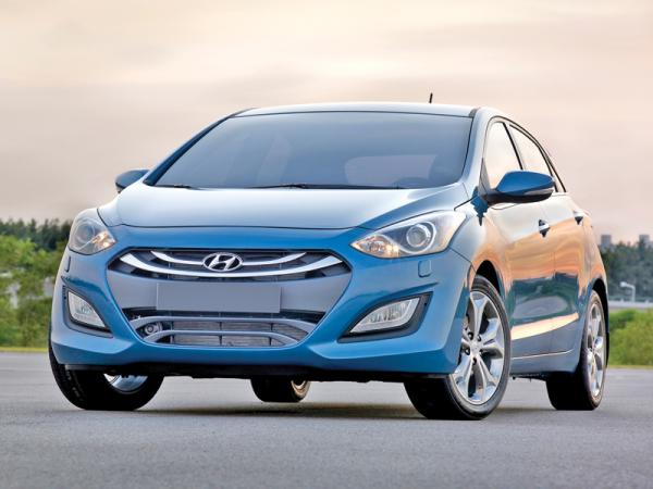 Hyundai i30, Peugeot 308, Volkswagen Golf: соревнование в С-классе