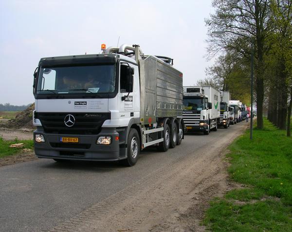 С грузовиков хотят взимать деньги за проезд по новым дорогам