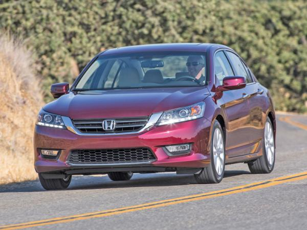 Honda Accord, Mazda 6, Volkswagen CC: седаны в спортивном духе