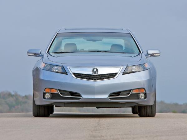 Acura TL, Hyundai Genesis и Toyota Avalon: путевка в бизнес-класс