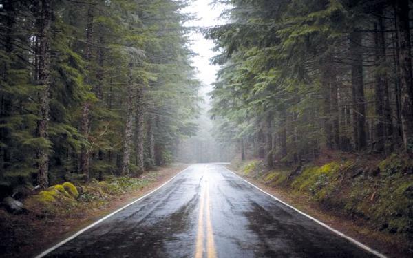 ГАИ советует неуклонно соблюдать правила вождения в дождь