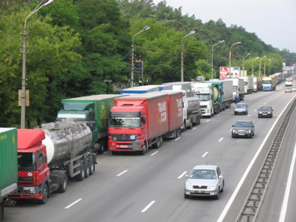 Вниманию автоперевозчиков: порядок выдачи разрешений