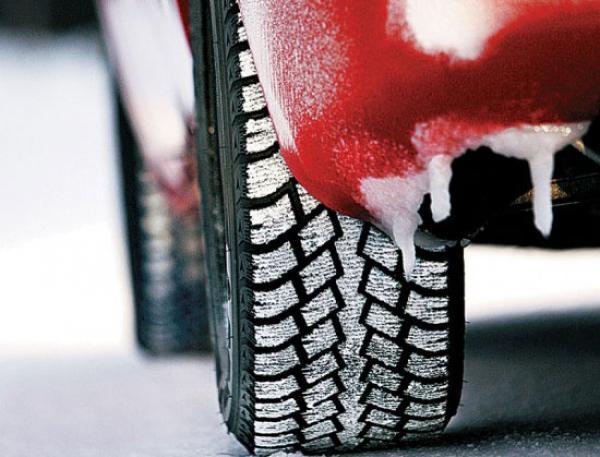 ГАИ напоминает водителям о подготовке ТС к зиме