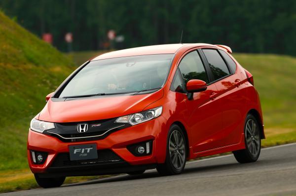 Honda дебютирует с новым Fit 2015 на Североамериканском международном автосалоне